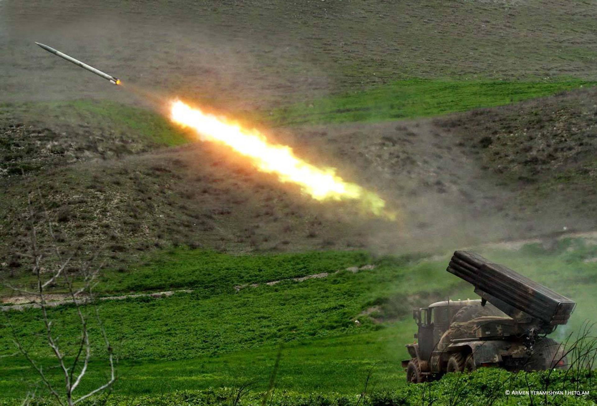 AraratNews - Նյարդերից թույլ անձանց խորհուրդ չի տրվում դիտել. ադրբեջանական հարձակումը ձախողվել է